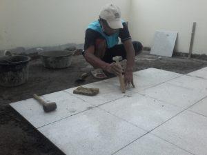 lantai keramik - Jasa Bangun Rumah dan Jasa Renovasi Rumah Semarang